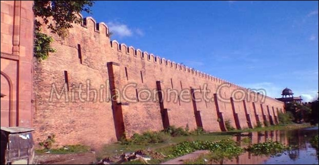 Red Bricks are used in construction of Darbhanga Raj's Fort