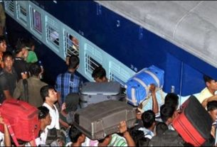 Railway operates Tatkal Special Trains every year from Delhi to Darbhanga to clear off the rush