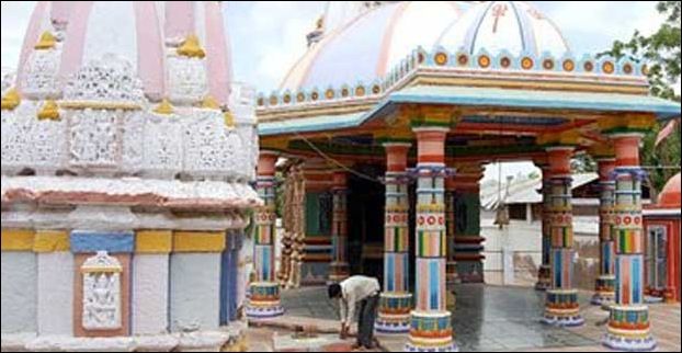 The famous lord shiva temple Kapileshwarsthan in Madhubani district.It was established by sage Kapil